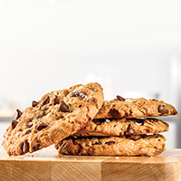 item-salted-caramel-chocolate-cookie